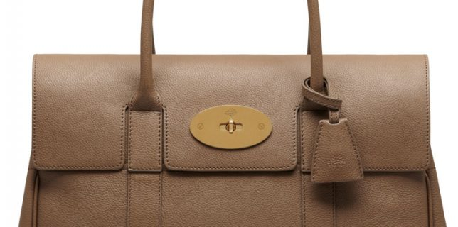 Elegant and Classic Mulberry Zipped Bayswater Bag